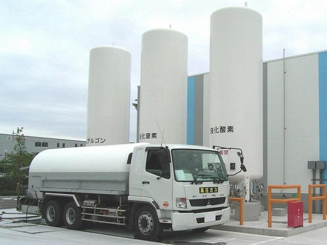 低温液化ガスタンクローリー  【液化酸素・液化窒素・液化アルゴン・液化炭酸ガス】
