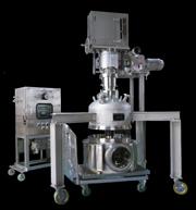 医薬向け小型加圧濾過機(フィルタードライヤ)