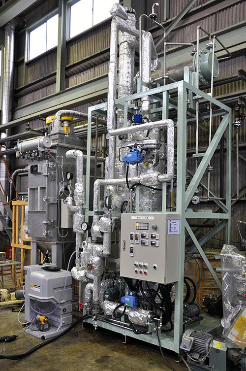 自己蒸気圧縮方式(機械式)薄膜流下型濃縮装置